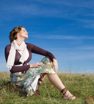 25-hydroxyvitamin-D-woman-enjoying-the-sun